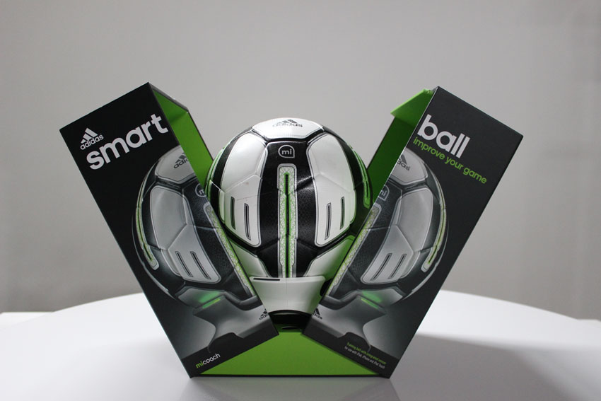 мяч Adidas miCoach Smart Ball