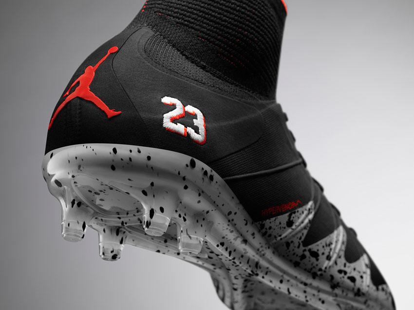 бутсы Nike Hypervenom Phantom II Neymar