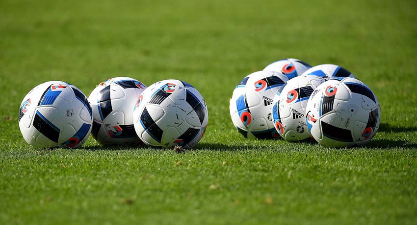 cfa6748bbc64e4 Размер футбольного мяча и стандарты FIFA