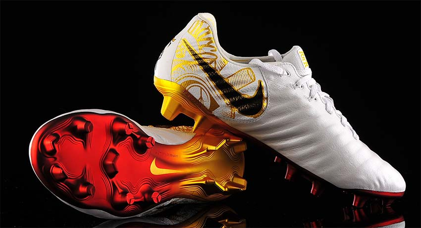 Nike Tiempo Legend VII SE бутсы